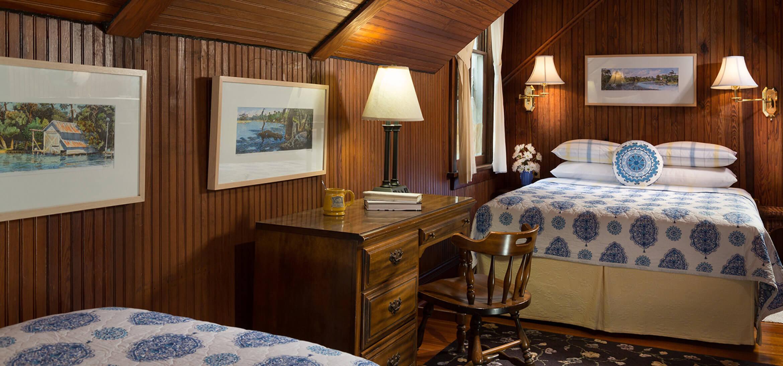 Cowen Room bed