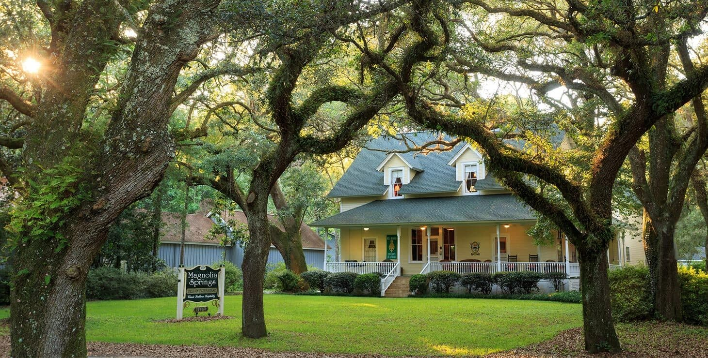 Exterior view of our Fairhope, Alabama Bed and Breakfast