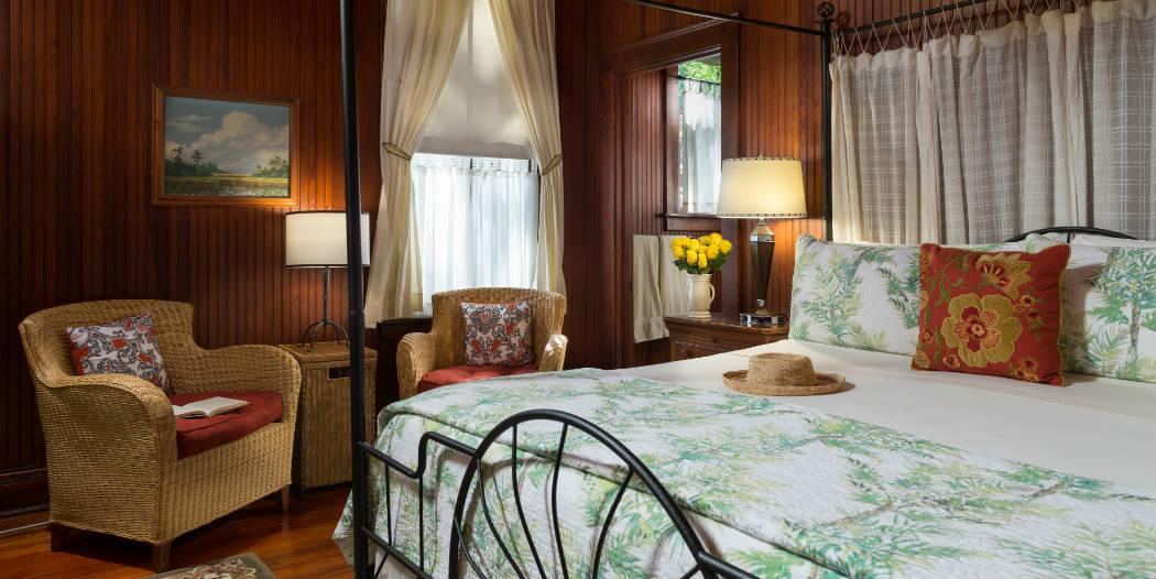 McClennan Room at Magnolia Springs Bed & Breakfast