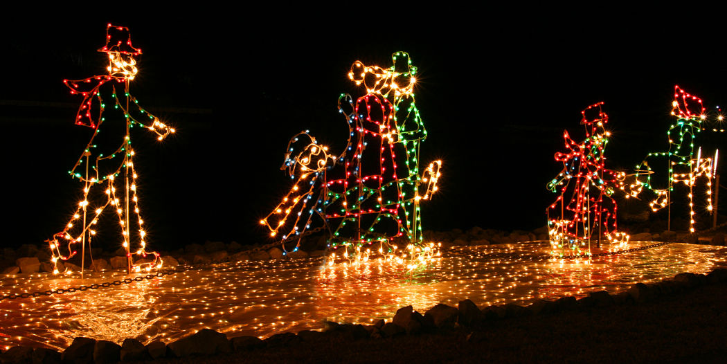 figure skaters made in Christmas lights