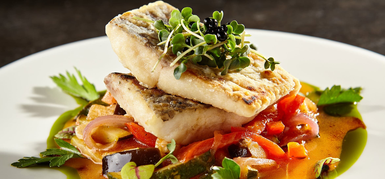 seafood dinner in Mobile, AL